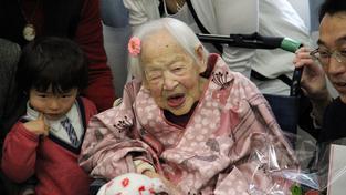 117letá Misao Okawá je nejstarší doloženou osobou na světě