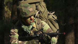 Polští poslanci si budou moct zahrát na vojáčky (ilustrační snímek)