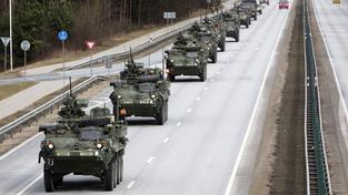 Americký vojenský konvoj Dragoon Ride