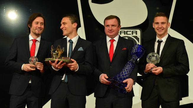 zleva: Tomáš Rosický, David Lafata, Pavel Vrba, Pavel Kadeřábek