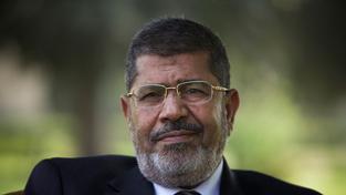 Bývalý egyptský prezident Mursí vyfasoval od soudu 20 let. Proti rozhodnutí se může ale odvolat