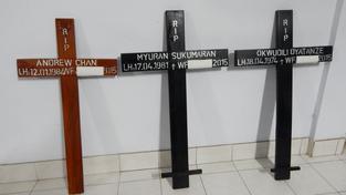 Indonésie už má ve věznici připravené rakve i kříže se jmény odsouzenců
