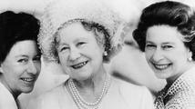 Britská královna matka za války střílela po krysách a bála se únosu