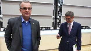 Kalousek patří k nejhlasitějším kritikům státní podpory biopaliv, ze které profituje Babišův Agrofert