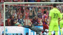 Bayern vyhrál, ale do finále jde Barcelona