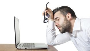 Podle amerických vědců se stačí každou hodinu príce u počítače na dvě minuty zvednout (ilustrační snímek)