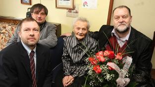 Marie Behenská na oslavě svých 105. narozenin, zemřela ve 110 letech jako nejstarší Češka