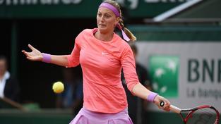 Petra Kvitová měla v souboji s Marinou Erakovicovou plné ruce práce