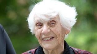 Ingeborg Syllmová-Rapoportová je ve svých 102 letech zaručeně nejstarší držitelkou doktorátu v Německu