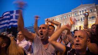 Po celém Řecku se konají protesty, ve který lidé vyjadřovali nesouhlas s postupem věřitelů