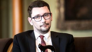 Hradní mluvčí Jiří Ovčáček už nemá moc času na nalezení Peroutkova textu