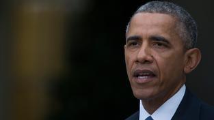 Prezident Obama vyjádřil tuniskému prezidentovi podporu a nabídl mu pomoc při vyšetření pátečního atentátu