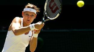 Lucie Šafářová na Wimbledonu umí hrát
