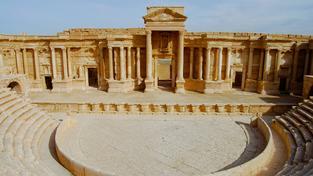 Radikálové z Islámského státu provedli hromadnou vraždu v amfiteátru v Palýmře