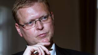 Šéf lidovců Pavel Bělobrádek očekává, že Česko příjme stovky běženců