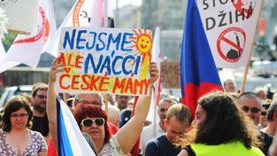 Na protiislámskou demonstraci v Praze až po několika dnech prošetřuje policie