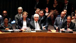 Ruský delegát v Radě bezpečnosti OSN Vitalij Čurkin vetuje vznik tribunálu pro vyšetření pádu boeingu