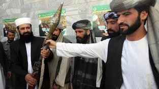 Vojáci Talibanu přišli o svého vůdce. Už si prý ale zvolili nového. Ilustrační foto