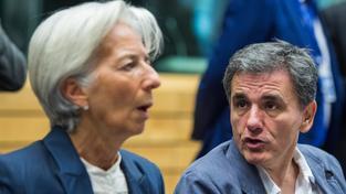Šéfka MMF Christine Lagardeová na setkání a řecký ministr financí Euclid Tsakalotos