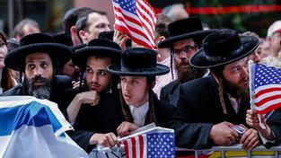Protest proti smlouvě s Íránem na Times Square v New Yorku
