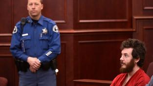 Denverský střelec James Holmes před soudem