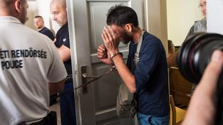 Jeden z podezřelých mužů, který je prý zodpovědný za smrt 71 uprchlíků, byl zadržen v Maďarsku