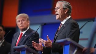Souboj Trumpa a Bushe je velmi vyhrocený