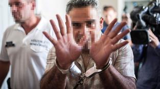 Jeden ze zadržených pašeráků podezřelých ze smrti 71 migrantů v chladírenském voze