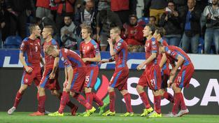 Čeští fotbalisté slaví vítězství nad Kazachstánem