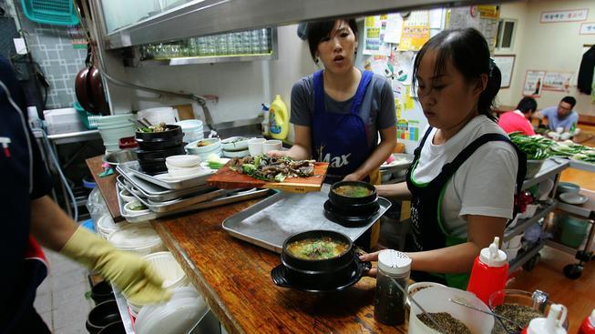 Pchjongjangská restaurace nabízí severokorejské speciality. Ilustrační foto