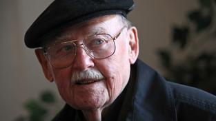 Ve věku 92 let zemřel legendární herec Lubomír Lipský