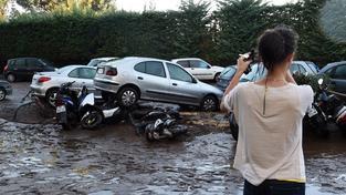 Povodně a lijáky zničili některé příjezdové cesty v jihofrancouzských městech