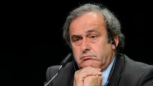 Michel Platini má dočasně pozastavený výkon funkce