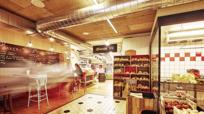 Food Story Dlouhá 14 otevřelo: Přináší do Dlouhé ulice koncept obchodu i kvalitního stravování na jednom místě