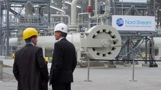 První větem plynovodu Nord Stream byla uvedena do provozu v roce 2011, druhá o rok později. Třetí větev jde ale podle části zemí EU proti zájmům Evropské unie