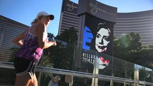 Neuropolitiku v kampani údajně používá i prezidentská kandidátka Hillary Clintonová