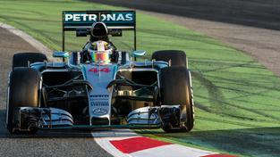 Bude Lewis Hamilton jednoho dne nahrazen umělou inteligencí?