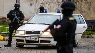 Alí Fajád opustil věznici hned poté, co přistála pětice Čechů