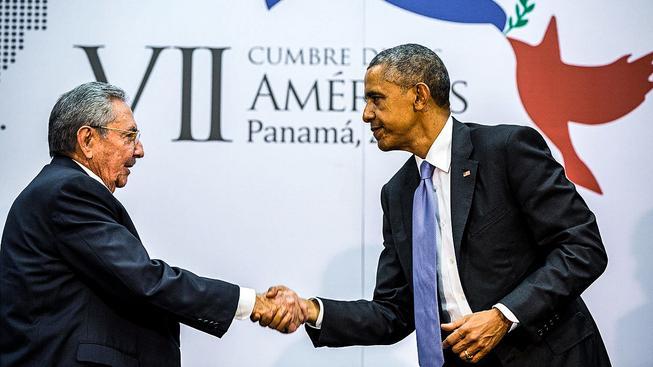 Kubánský vůdce Raúl Castro a americký prezident Barack Obama se už sice setkali, ale nikoli přímo na Kubě