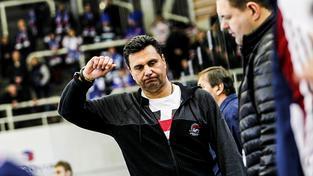 Vladimír Růžička na střídačce extraligového Chomutova