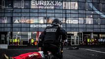 Třicet dnů naprosté paranoie: Zapíše se Euro do historie černým písmem?