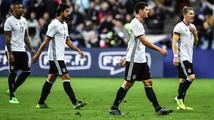 Nepříjemný večer: Němci se vracejí na stadion, na němž nedávno zažili terorismus