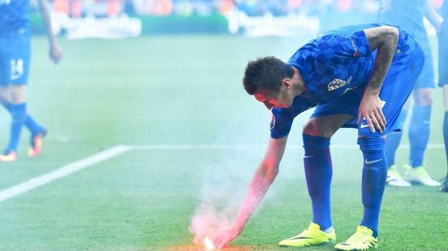 Mario Mandžukič, Česko - Chorvatsko, ME ve fotbale 2016, St. Etienne