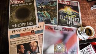 Neexistují snad jediné noviny, které by v pátek v Británii neměly na titulce brexit