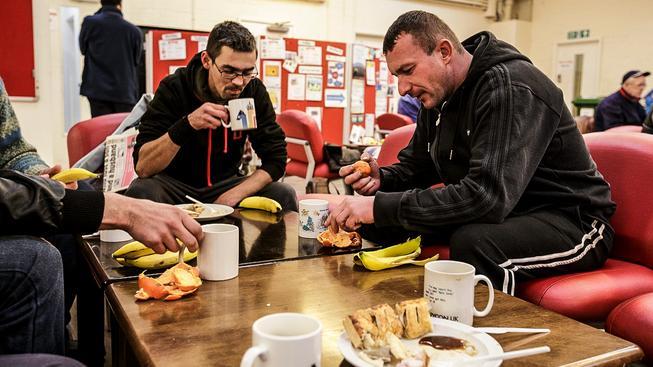 Polští migranti v Británii. Ilustrační snímek