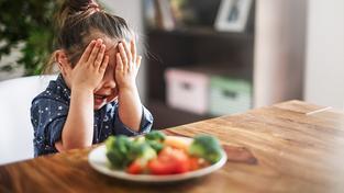 Pokud se někdo vyhýbá některým jídlům jako čert kříži, nemusí vůbec jít jen o rozmar