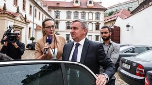 Mynář pod palbou otázek České televize