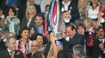 Další slavný klub připadl Číně. Berlusconi prodal AC Milán za 20 miliard