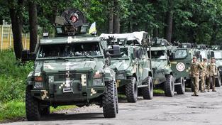 Ukrajinská armáda je kvůli vyostření situace na Krymu v pohotovosti. Ilustrační snímek