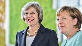 Britská premiérka Therasa Mayová a německá kancléřka Angela Merkelová